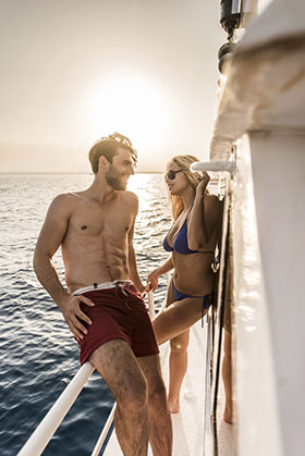 If you want to live life aboard a boat, let Scubalife help you navigate the transition to living aboard.